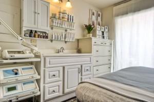 Metamorphosis Holistic Spa Treatment Room